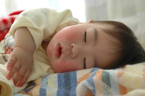 Yuk Ajarkan Bayi Disiplin Tidur
