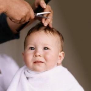 Seberapa Penting Potong Rambut bagi Si Kecil