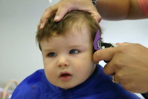 Tips Mencukur Rambut Si Kecil
